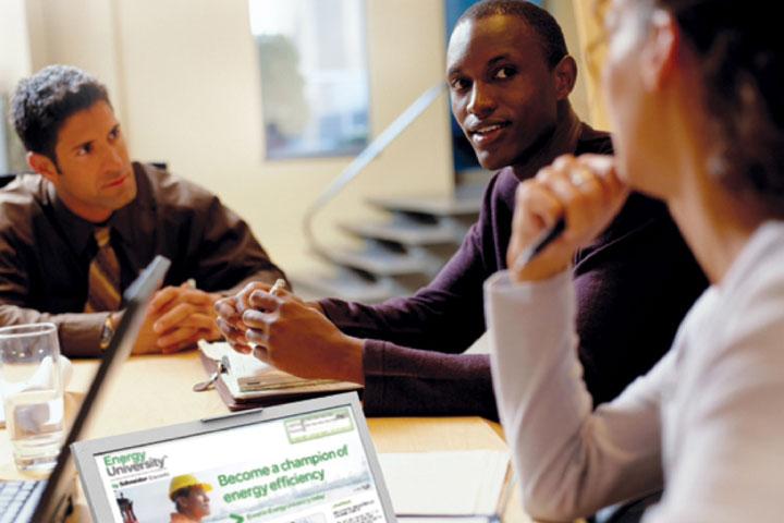 Το Energy University της Schneider Electric ξεπερνά τους 500.000 εγγεγραμμένους χρήστες