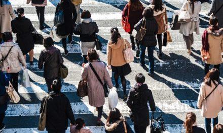 Οι Ευρωπαίοι καταναλωτές ενδιαφέρονται για τις περιβαλλοντικές επιπτώσεις των αγορών τους