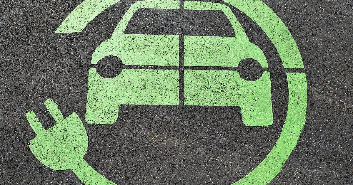 Τι προβλέπεται για την επιδότηση ηλεκτρικών αυτοκινήτων, scooter και ποδηλάτων