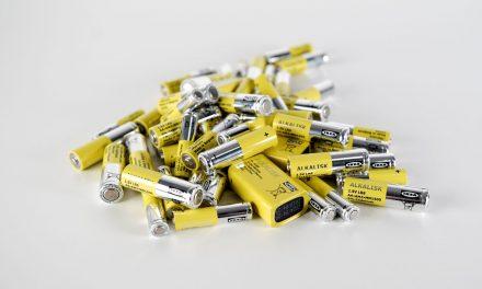 """Η ΙΚΕΑ """"αποχαιρετά"""" τις μη-επαναφορτιζόμενες μπαταρίες έως το 2021"""