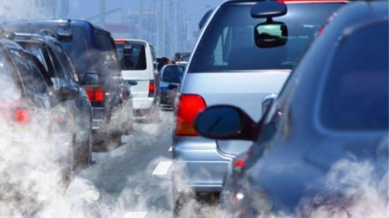 Ηλεκτροκίνηση: Η ΕΕ βάζει τέλος στα οχήματα εσωτερικής καύσης εντός 20 ετών